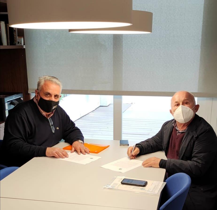 Soldado y López firman el acuerdo entre CIJB y la Fundación.