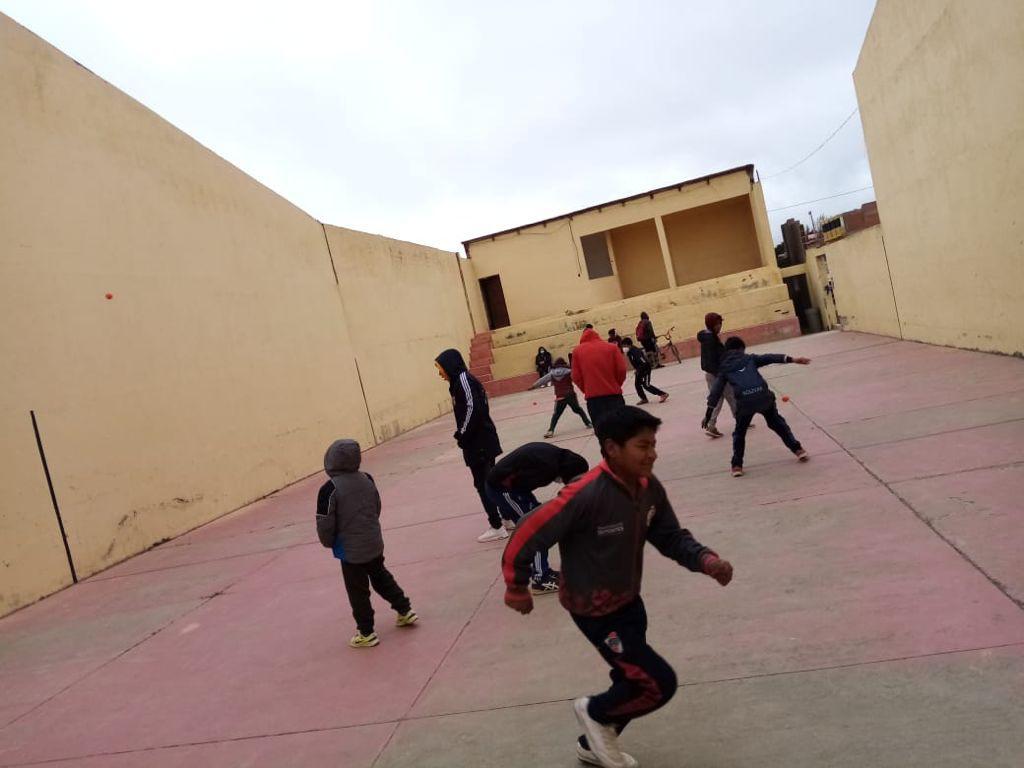 Niños en una escuela de Bolivia