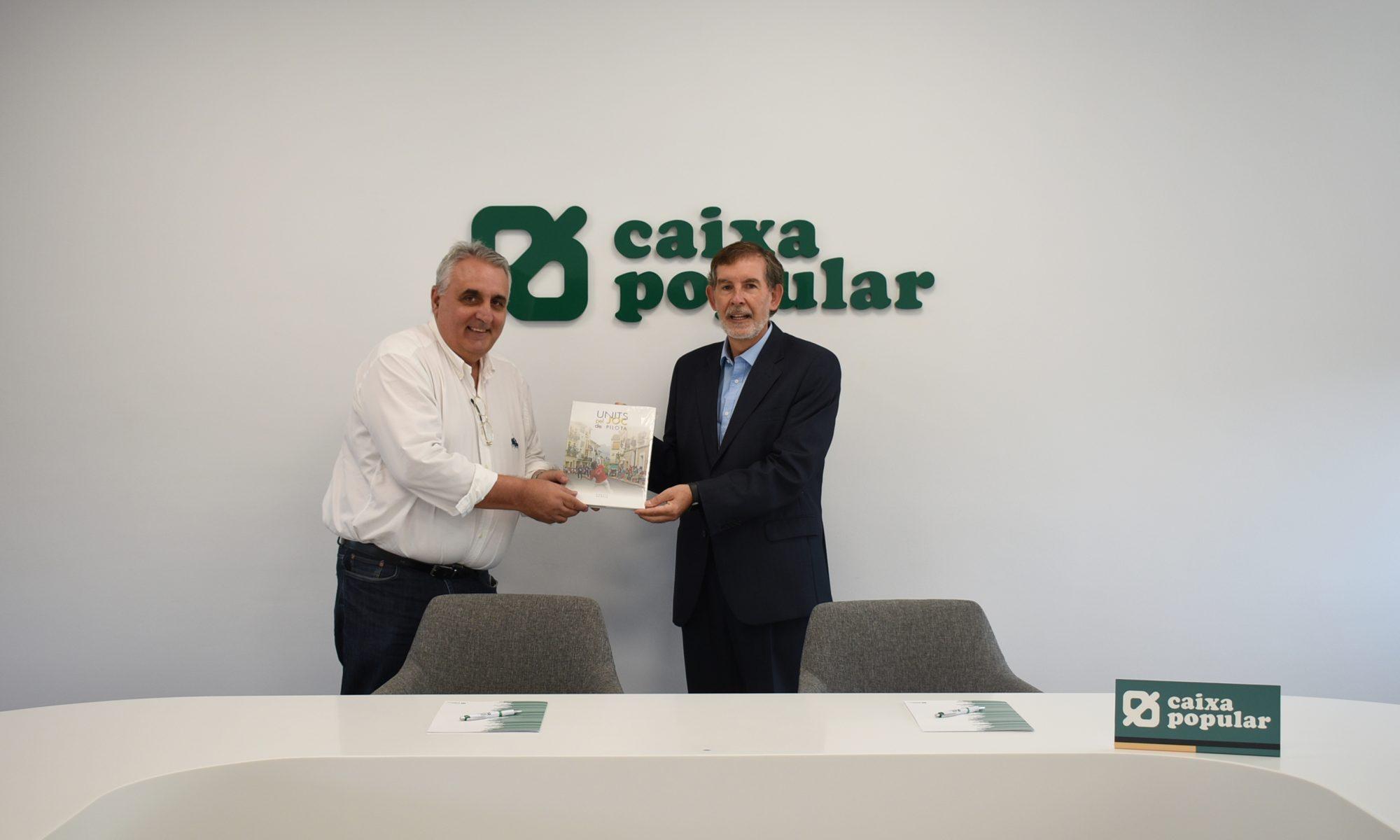 Soldado y Ortí, en la firma de la renovación.